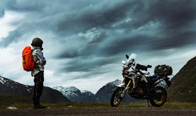 9 Survival Tips For Off-Grid Living On A Bike